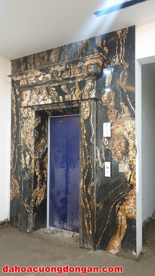 đá ốp mặt tiền thang máy